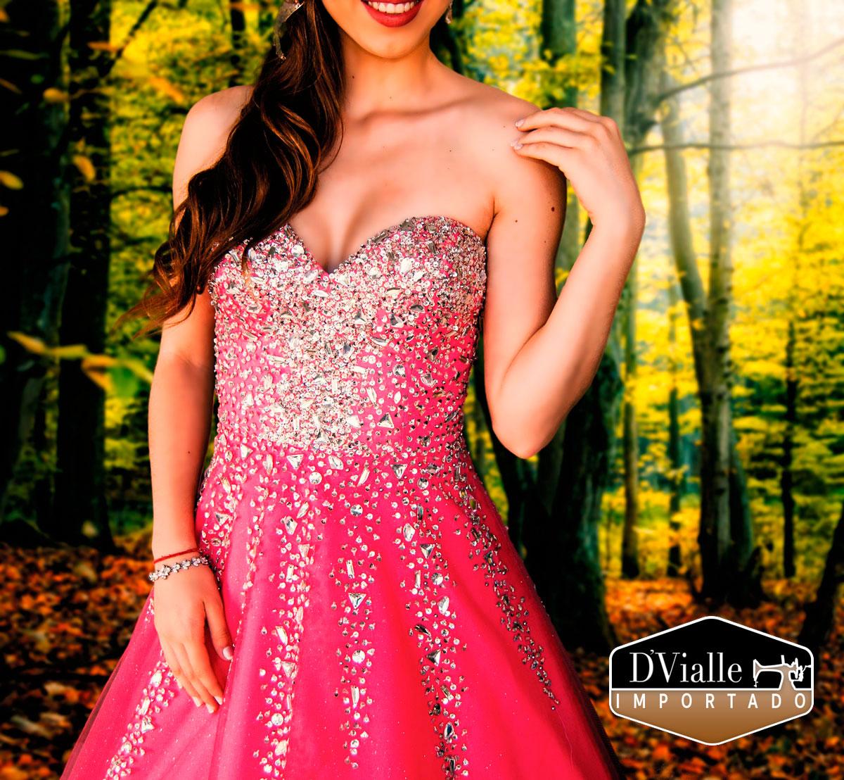 Coleção D'Vialle: Vestido rosa pedraria