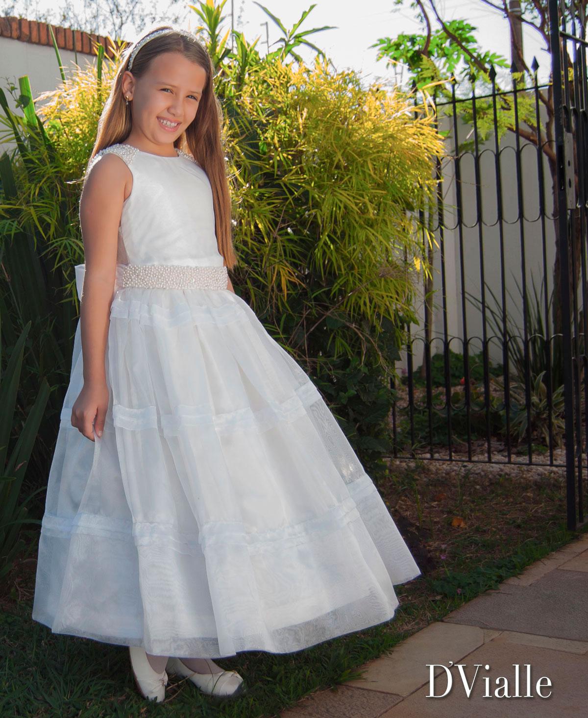 Coleção D'Vialle: Vestido Dama Cinto de Pérolas
